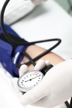 what causes high blood pressure quizlet
